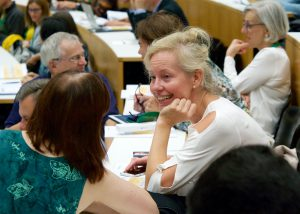 Prof. Dr. Barbara Kaltenbacher im Gespräch mit Prof. Dr. Katrin Wendland