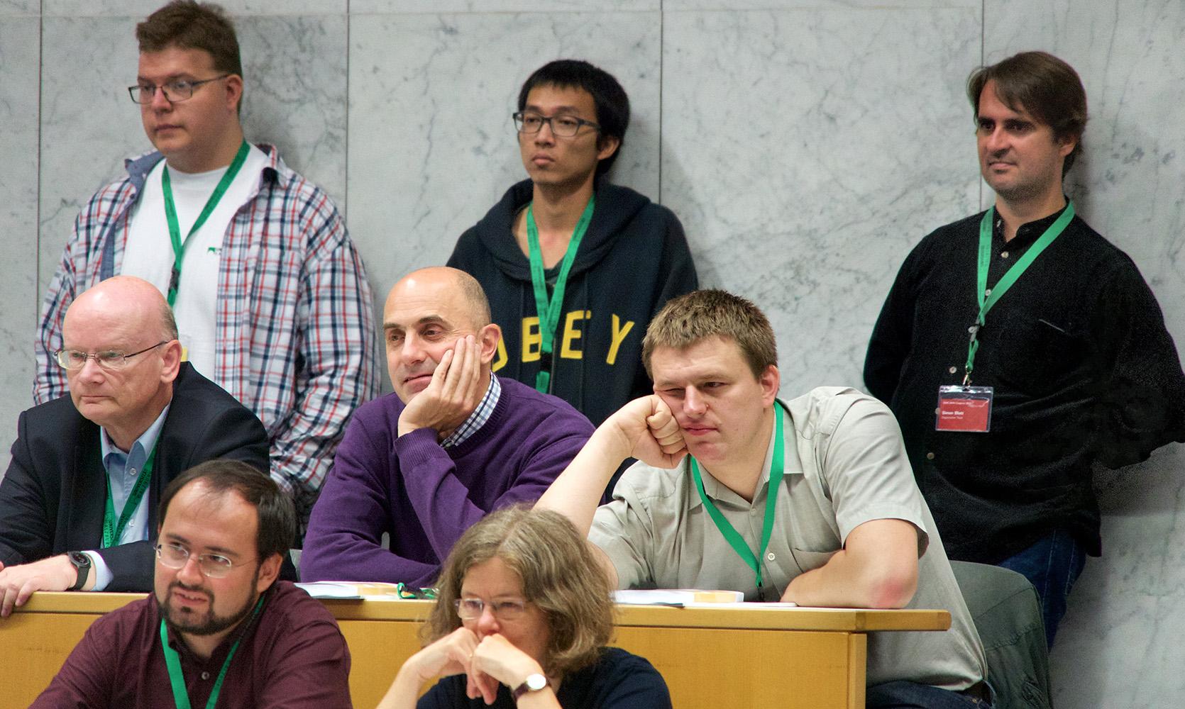 Teilnehmer/innen des ÖMG-DMV-Kongresses im Audimax